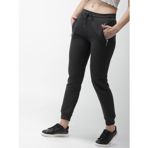 Mast & Harbour Women Black Solid Joggers