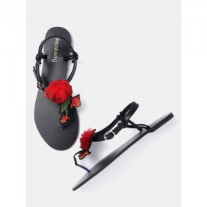 DressBerry Women Black & Red Embroidered T-Strap Flats