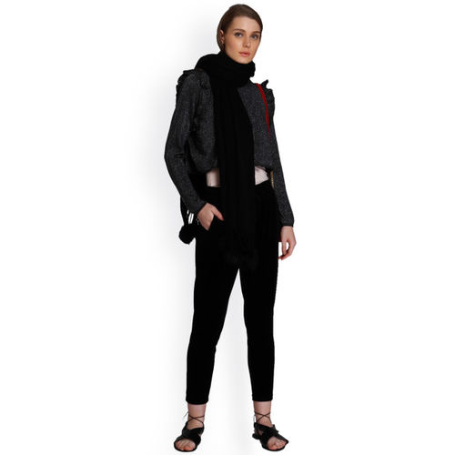 ONLY Black Solid Round Neck Sweaters