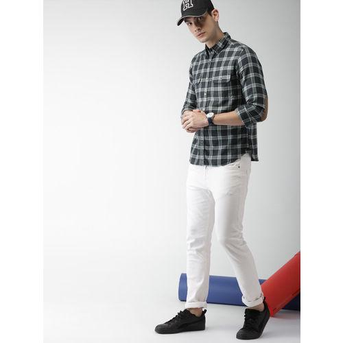 Harvard Men Grey & Black Regular Fit Checked Casual Shirt