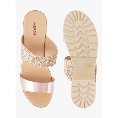 Mochi Gold Synthetic Block Heels Chappals