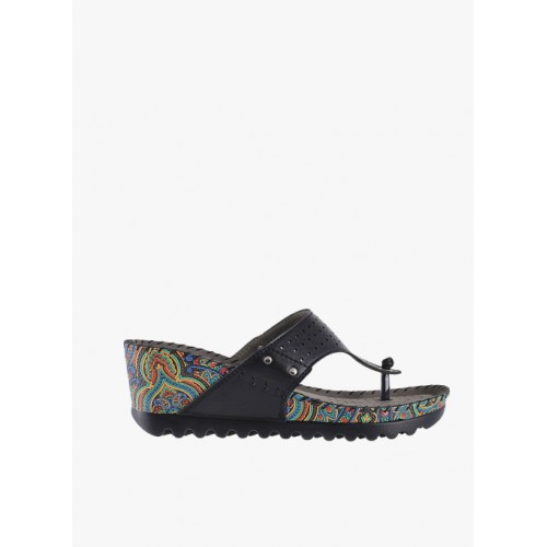 Mochi Solid Synthetic Black Wedges