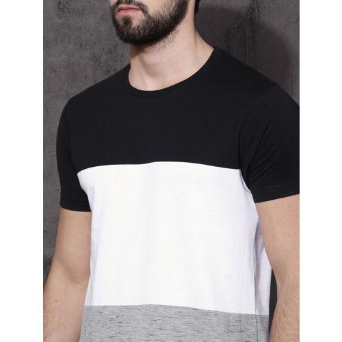 Roadster Men Black Colourblocked Round Neck T-shirt