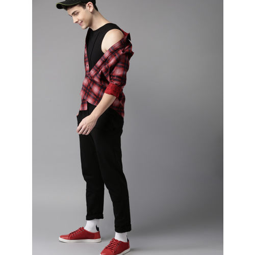 HERE&NOW Men Red Regular Fit Checked Casual Shirt