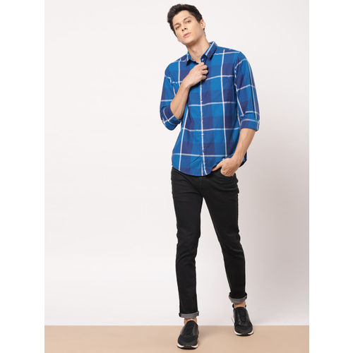 ether Men Blue & White Regular Fit Checked Casual Shirt