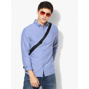 Calvin Klein Blue Solid Slim Fit Casual Shirt