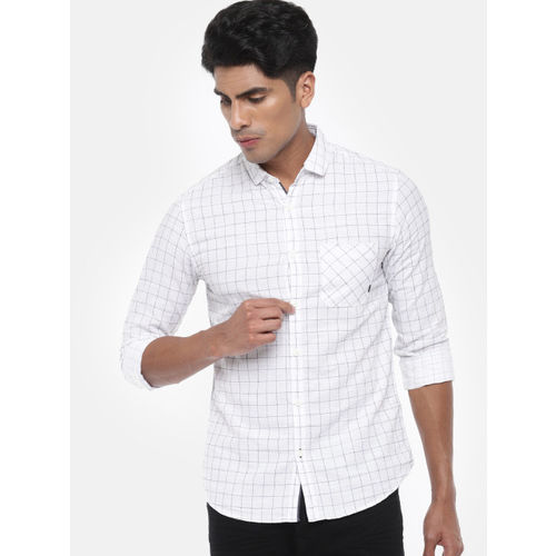 SPYKAR Men White & Navy Blue Slim Fit Checked Casual Shirt