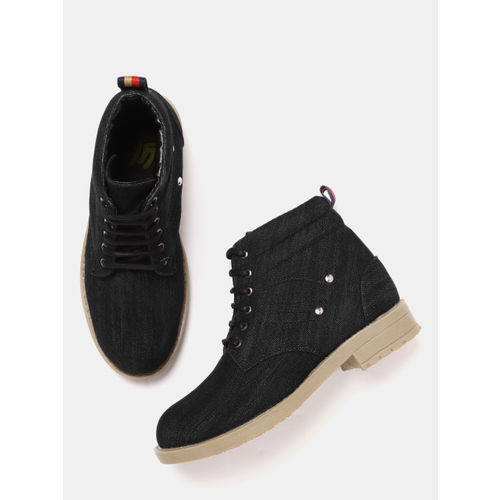 YK Boys Black Synthetic Solid Mid-Top Flat Boots