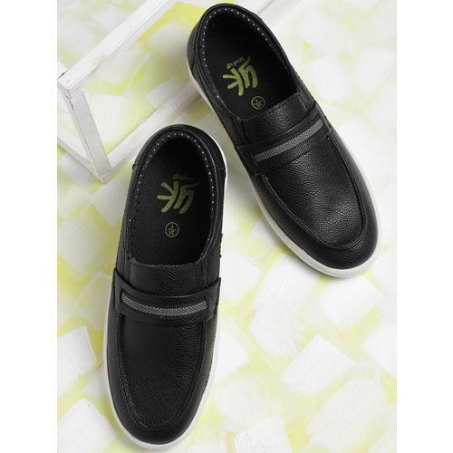 YK Boys Black Synthetic Slip-On Sneakers