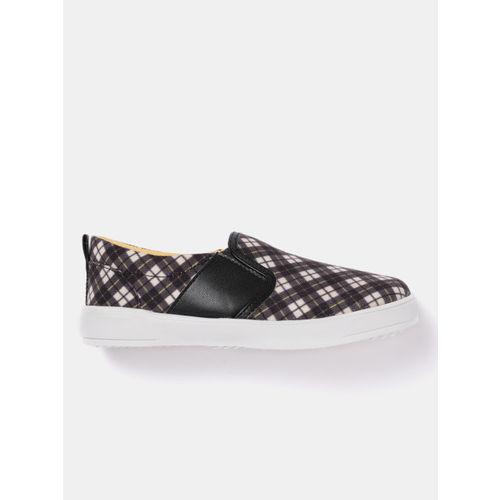 YK Boys Black & Off-White Checked Slip-On Sneakers