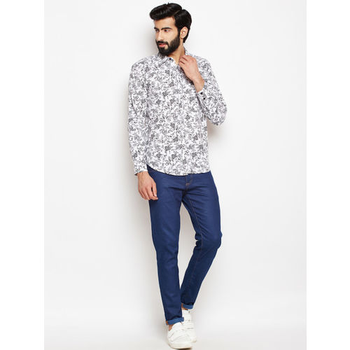Oxolloxo Men White Regular Fit Floral Printed Casual Shirt