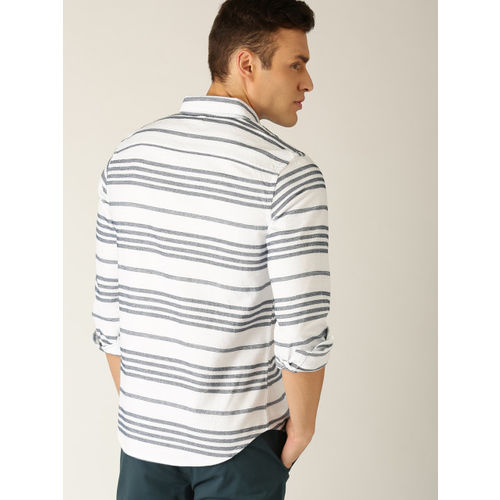 United Colors of Benetton Men White & Navy Blue Slim Fit Striped Casual Shirt