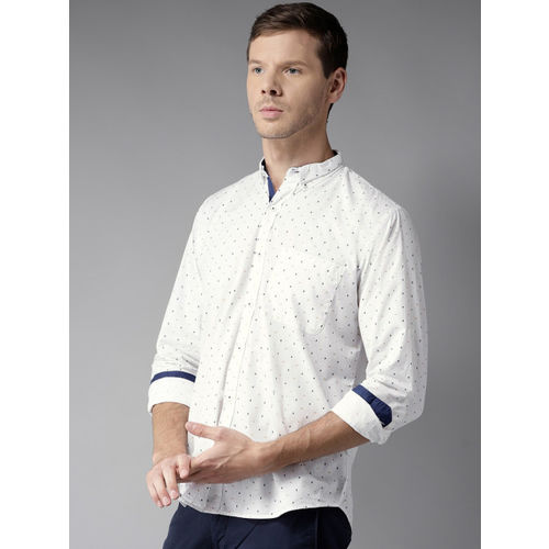 DENNISON Men White & Navy Blue Regular Fit Printed Casual Shirt