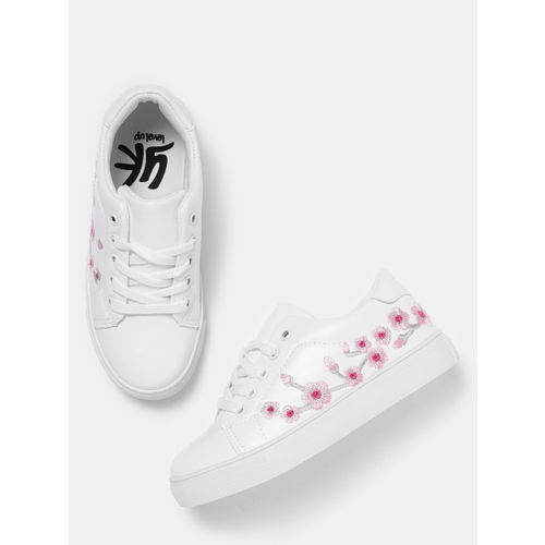YK Girls White & Pink Floral Embroidery Sneakers