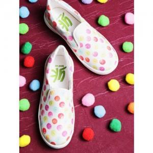 YK Off-White & Pink Printed Slip-On Sneakers