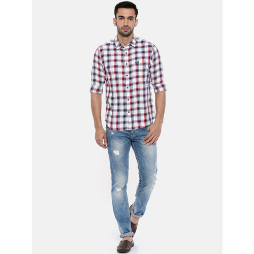Pepe Jeans Men White & Red Regular Fit Checked Casual Shirt