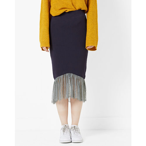 MDS Mid-Rise Pencil Skirt with Contrast Lace Hem