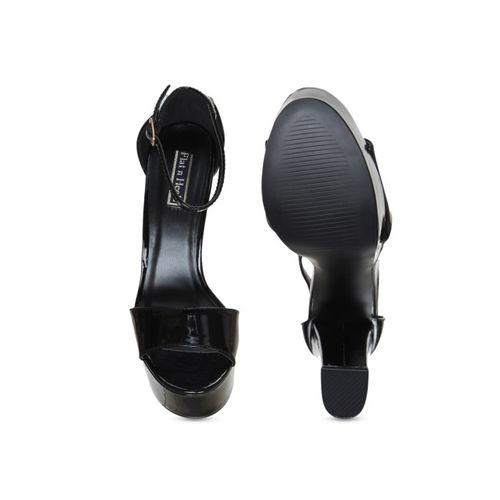 Flat n Heels Women Black Solid Sandals