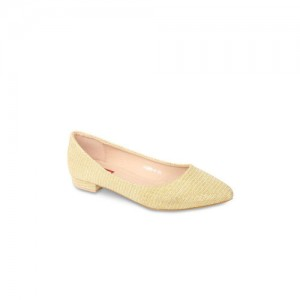 Flat n Heels Women Gold-Toned Ballerinas