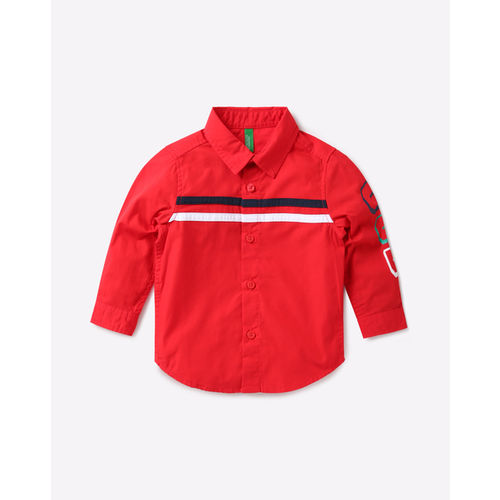 United Colors of Benetton Boys Red Regular Fit Solid Casual Shirt