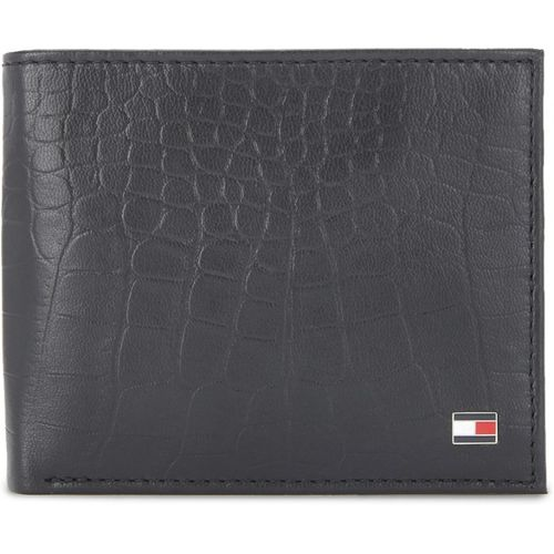 e791c4b7ca Buy Tommy Hilfiger Men Black Genuine Leather Wallet(4 Card Slots ...