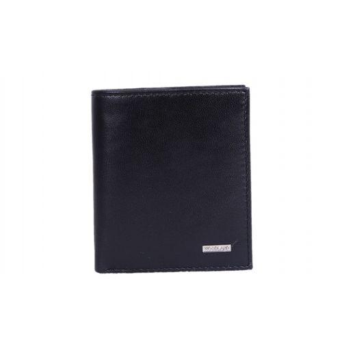 Woodland Men Casual Black Genuine Leather Wallet(6 Card Slots)