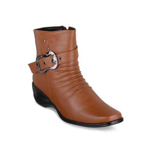 SHUZ TOUCH Women Brown Flat Boots