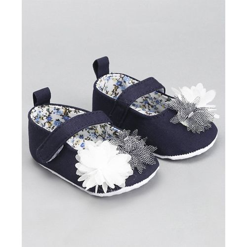 Cute Walk by Babyhug Booties Corsage Floral Design - Navy Blue