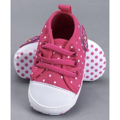 Cute Walk by Babyhug Booties - Dark Pink