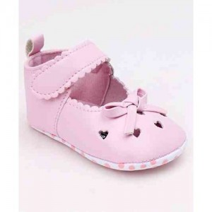 6e4b75471de Buy latest Girls's Shoes Below ₹1000 online in India - Top ...