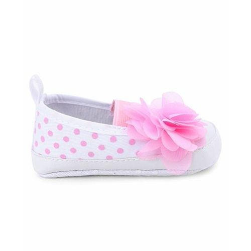 Cute Walk by Babyhug Booties Polka Dots Design With Flower Motif - White