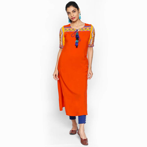 naari NAARI Women's Orange Embroidered Rayon Stitched Kurti