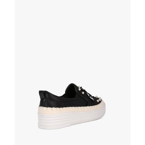 AJIO Embellished Flatform Slip-Ons