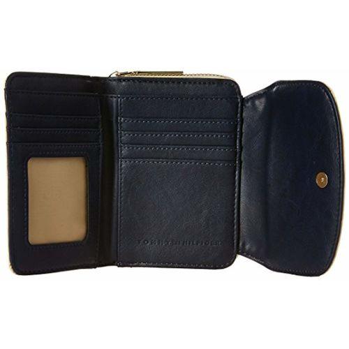 c3242406ac7 Buy Tommy Hilfiger Alice Women's Wallet (Beige) online   Looksgud.in