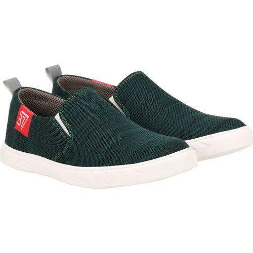 Kraasa Slip On Sneakers For Men(Green)