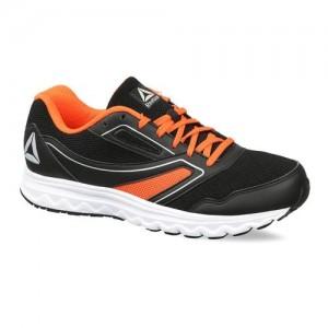 9bf6bd66f3677c Buy REEBOK PERFORMANCE RUN PRO LP Running Shoes For Men(Black ...