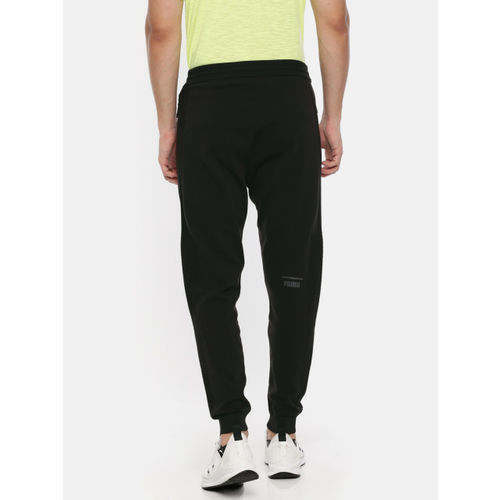 69041d5c8eb Buy Puma Men Black Pace EvoKNIT Move Solid Joggers online | Looksgud.in