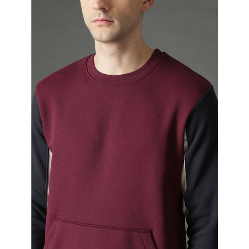 Roadster Men Burgundy & Black Solid Sweatshirt