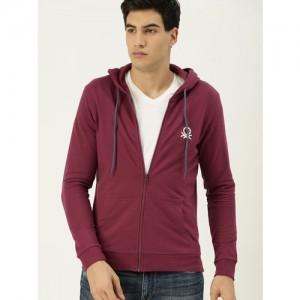 United Colors of Benetton Men Burgundy Solid Hooded Sweatshirt