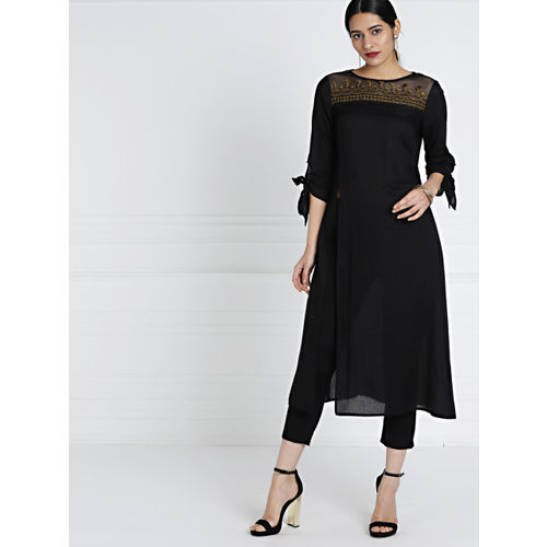 all about you Women Black Solid High Slit Straight Kurta