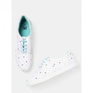 Kook N Keech Women White Printed Sneakers