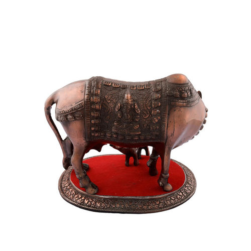 eCraftIndia Copper-Toned Metal Cow-Shaped Showpiece with a Calf