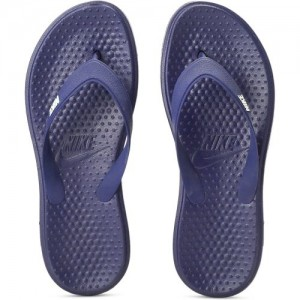 72d3bcb83189e Buy latest Men's FlipFlops & Slippers from Nike,Tommy Hilfiger ...