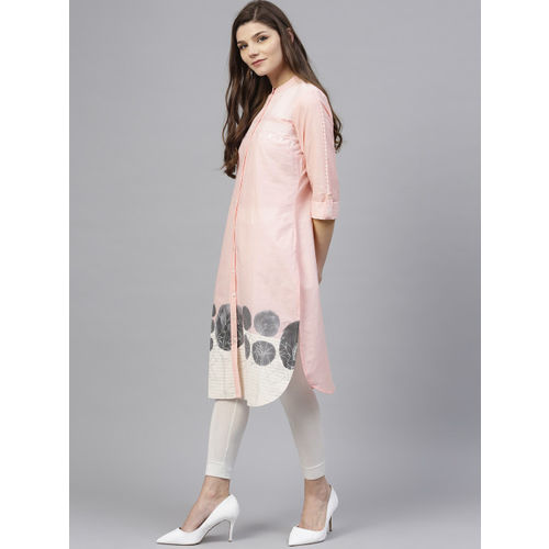 W Women Pink & White Self Design Straight Kurta
