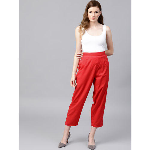 Nayo Women Red Regular Fit Solid Cropped Regular Trousers