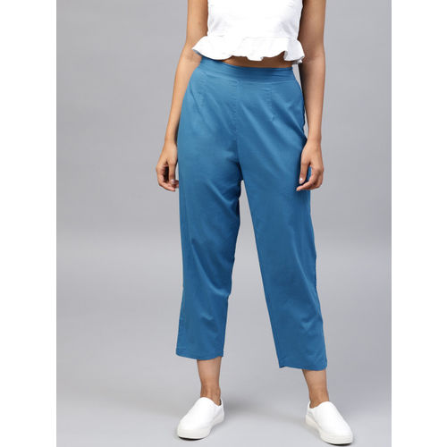 Nayo Women Blue Regular Fit Solid Cropped Trousers