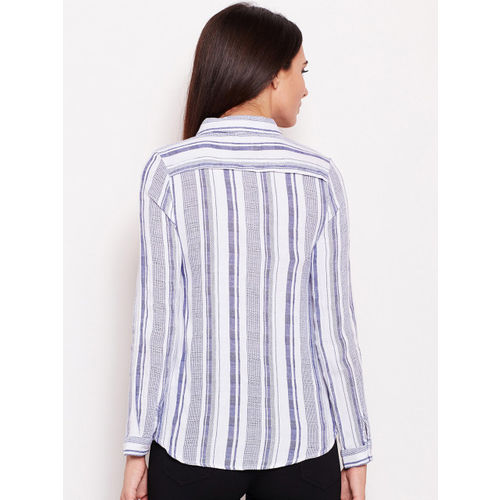 Oxolloxo Women White & Blue Regular Fit Striped Casual Shirt