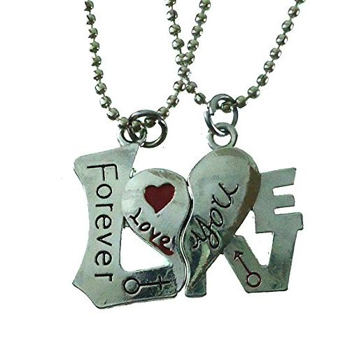 Modish Look Beautiful Forever Love Metallic Resin Magnetic Couple Lockets with Chain for Men and Women
