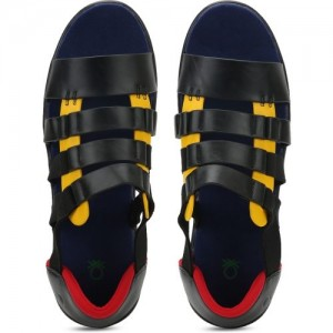 880f7f13c8944 Buy latest Men s Sandals   Floaters from United Colors of Benetton ...