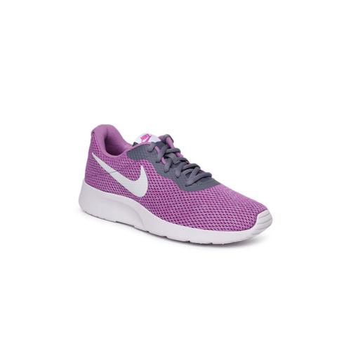 Nike Women Tanjun Se Purple Running Shoes